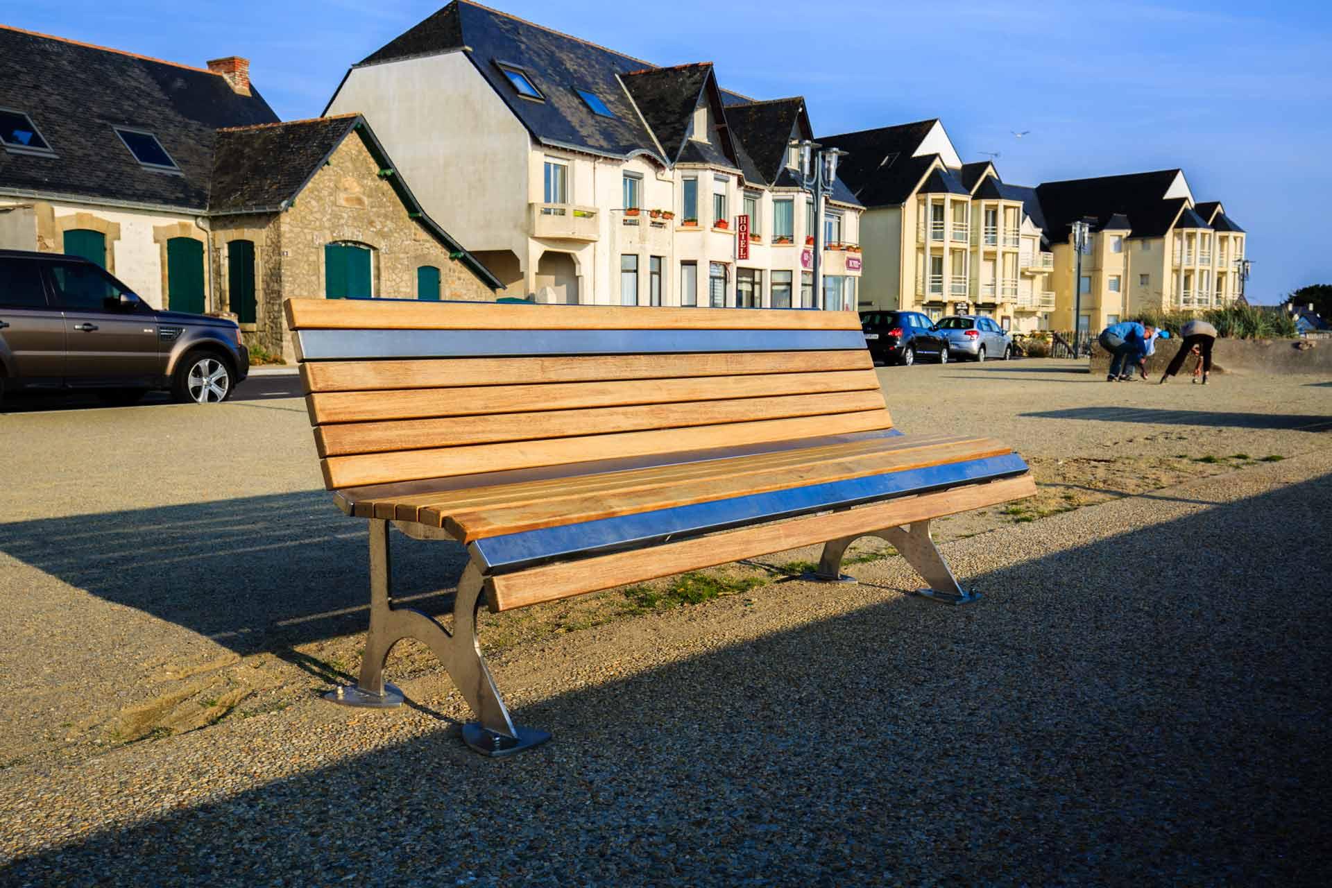 mobilier-urbain-art-design-inox-la-turballe